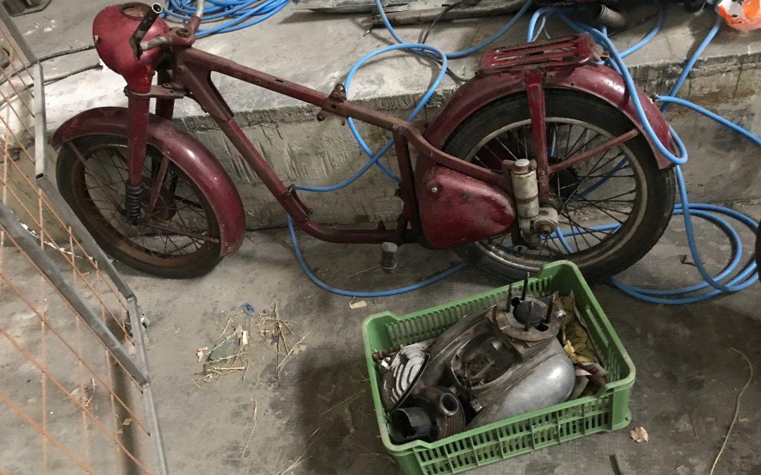 Jawa 250/11 Perák 1954 – kompletná renovácia
