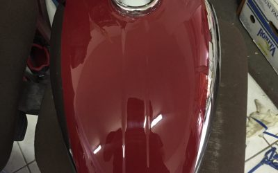 Jawa 350/360 Panelka – lakovanie nádrže