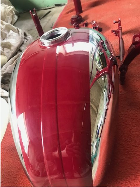 Jawa 350/360 Panelka – lakovanie motocyklu