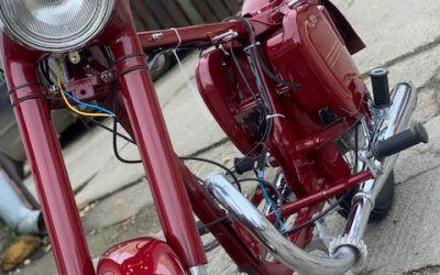 Jawa 250/353 – lakovanie motocyklu